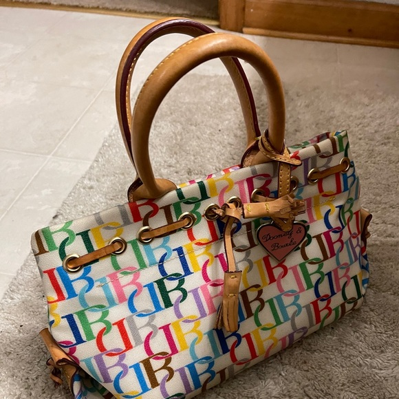 Gorgeous Dooney and Burke Bag